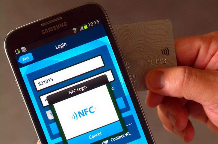 IBM dos factores NFC