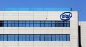 Frontis edificio de Intel en Santa Clara, California, EEUU.