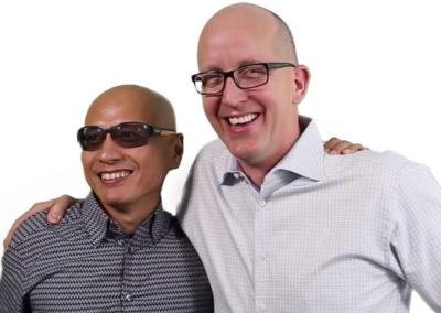 Presidente y CEO, Ed Ogonek, y Co-Fundador y Vicepresidente Ejecutivo CENX, Nan Chen