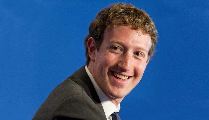 Zuckerberg prepara versión especial de Facebook para empresas