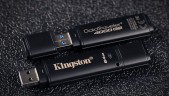 Memoria cifrada USB de Kingston se reformatea después de 10 intentos de intrusión