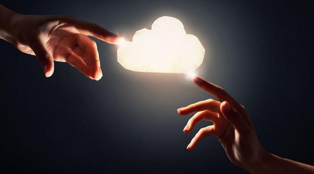 Brand voice | Todas las miradas están puestas en el borde de la nube