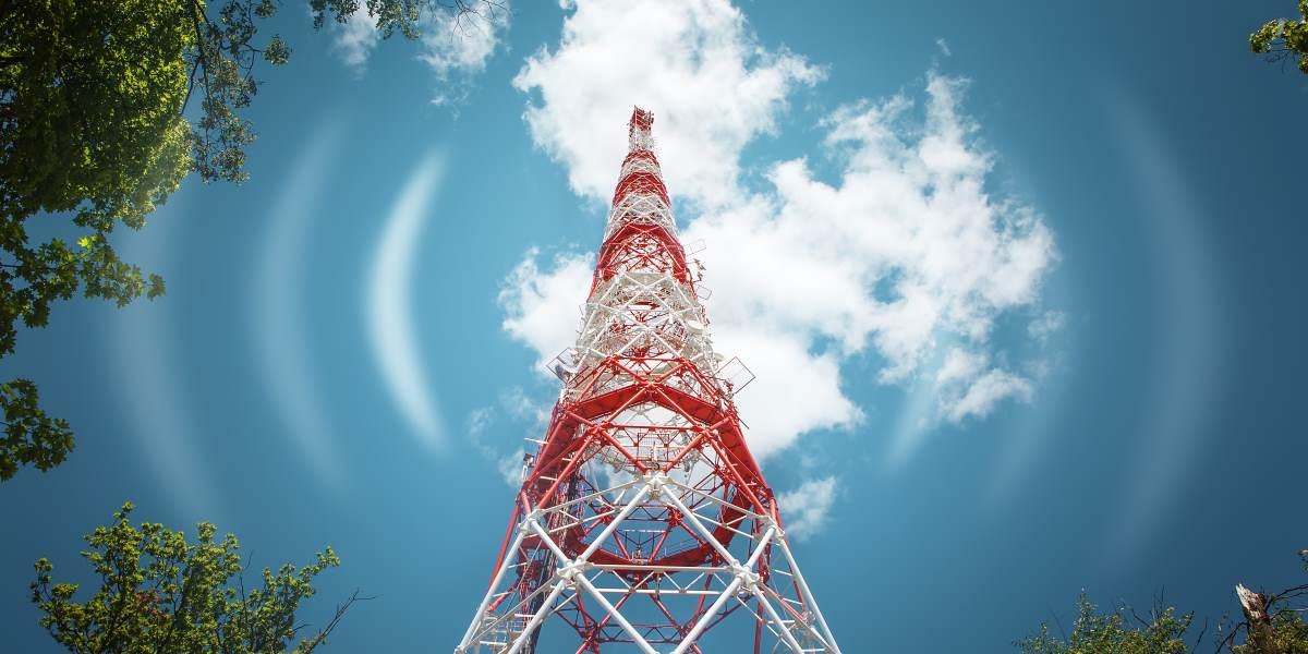 Mástil redes de telefonía móvil