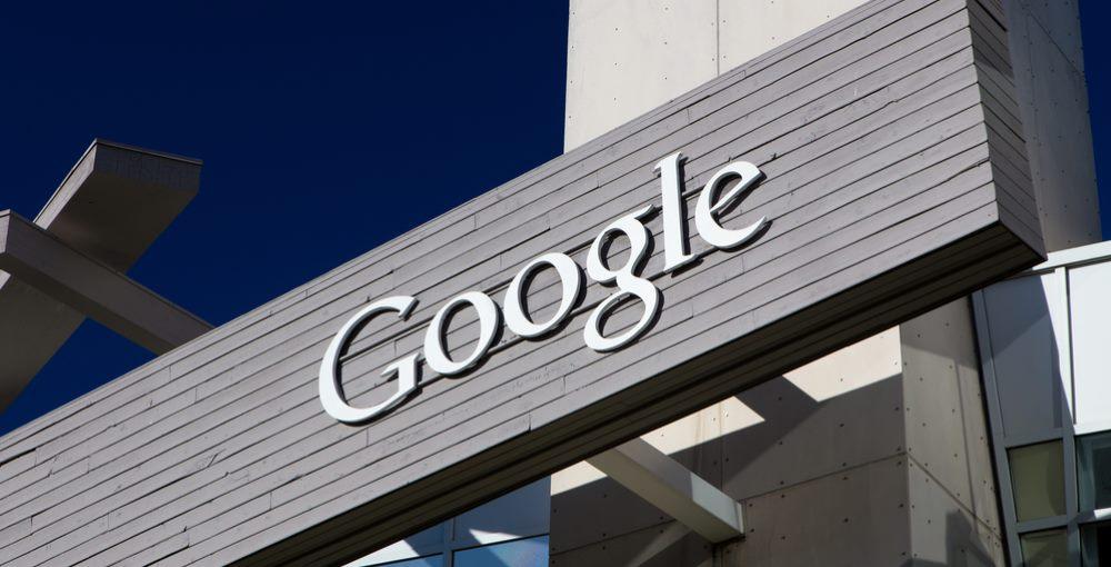 Proponen declarar a Google servicio público