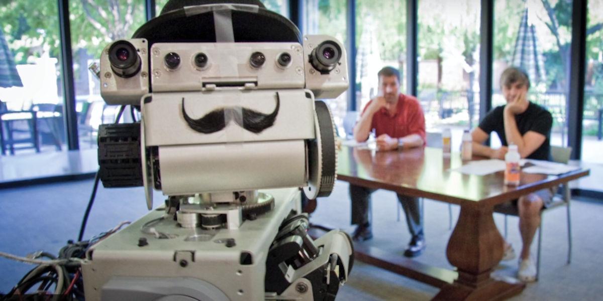 """Red Hat presenta el documental """"Cómo iniciar una revolución de los robots"""""""