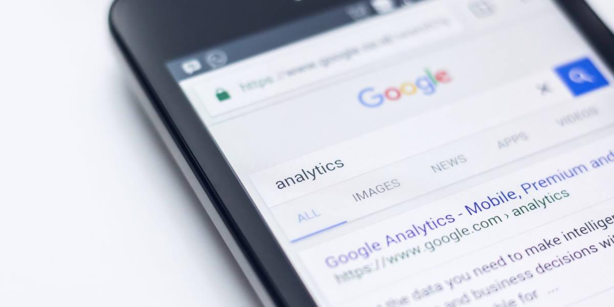 google analytics por Edho Pratama vía Unsplash
