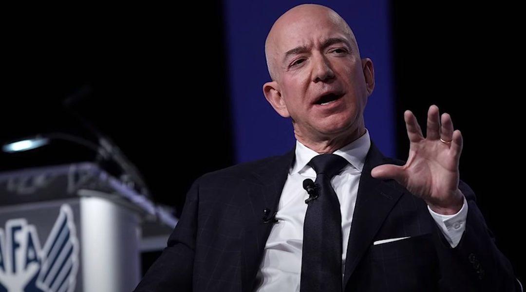 El CEO de Amazon, Jeff Bezos, deja el cargo